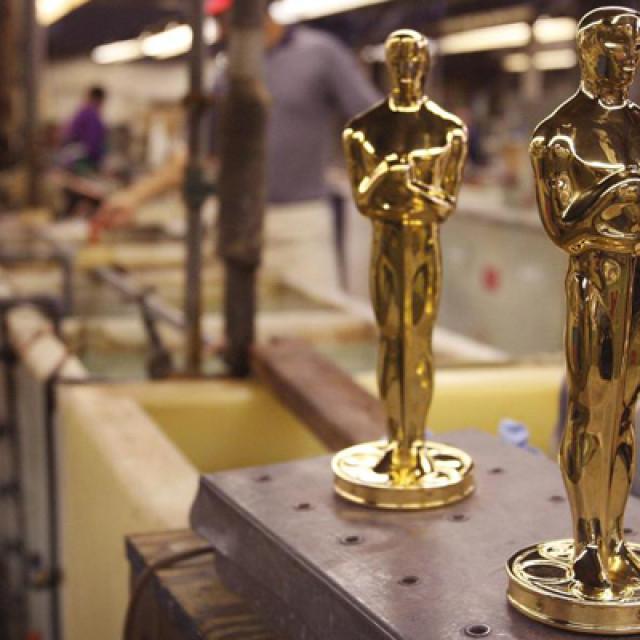 """""""Unchiul Oscar""""la 84 de ani"""